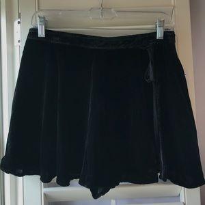 Free People NWT Size 8 Black Velvet Skirt